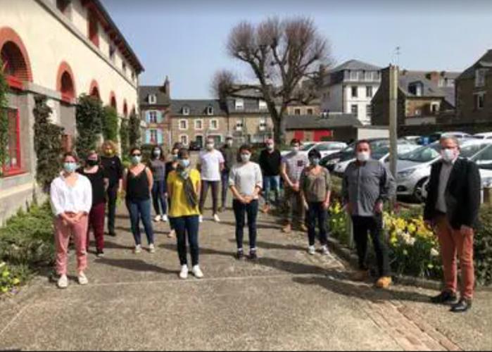 Des ambassadeurs du tri à Plurien -Ouest France - 7 avril 0
